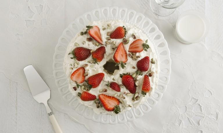 Gâteau ange fraises pistaches