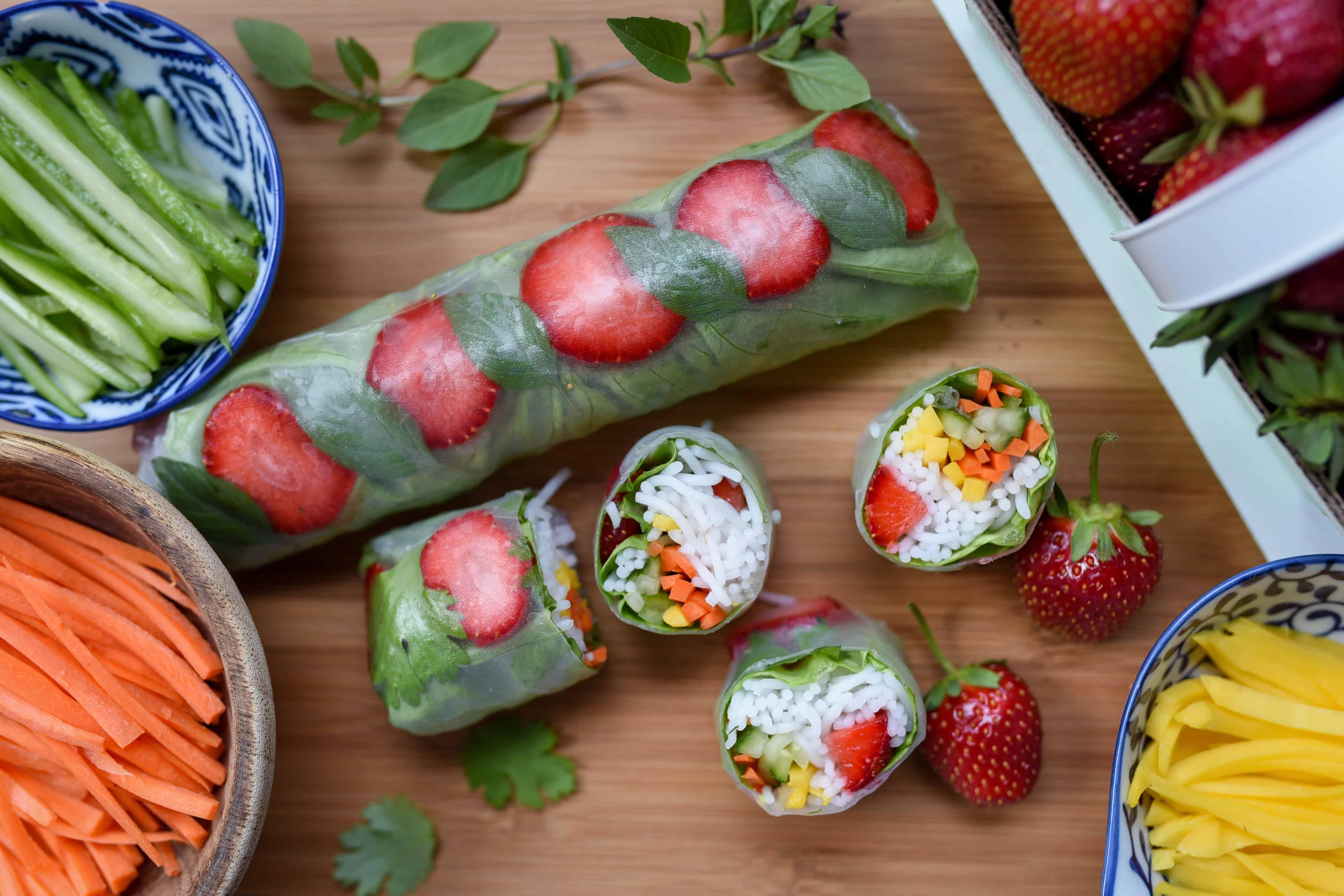 rouleau de printemps aux fraises